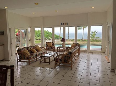 Oceanfront homes in Paia Maui